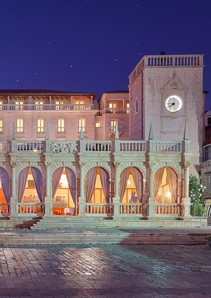 Hotel Palace Elisabeth in Hvar overlooks the main square