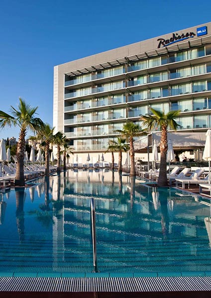 Hotel Radisson in Split features a pebble beach, two pools, three restaurants, and four chic bars