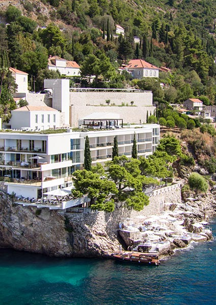 hotel Villa Dubrovnik boasts a perfect location with all rooms having sea view