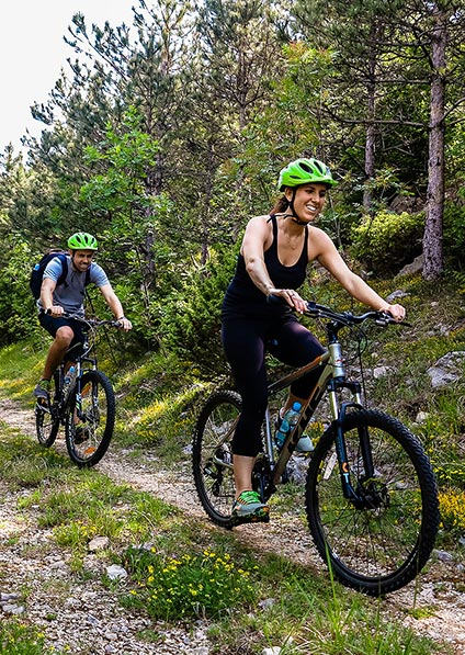 Cycling in the countryside for two on honeymoon in Croatia