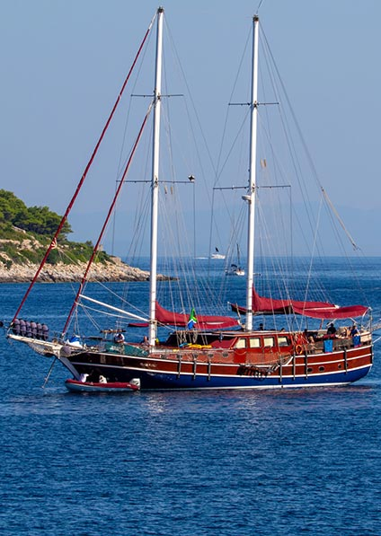 Gulets and Cruisers charter Croatia