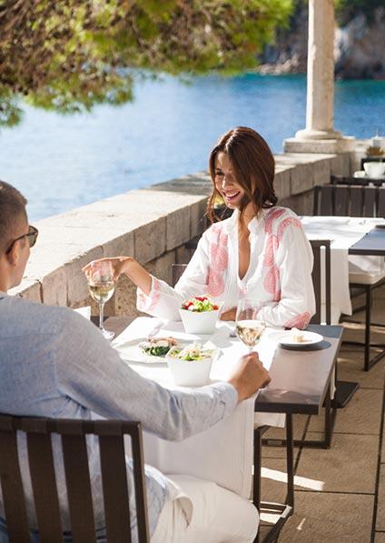 honeymoon in Croatia surprise lunch