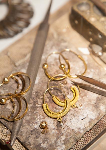 golden jewelery tradition in Dubrovnik