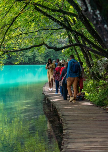 private guided walking tour of Plitvice lakes