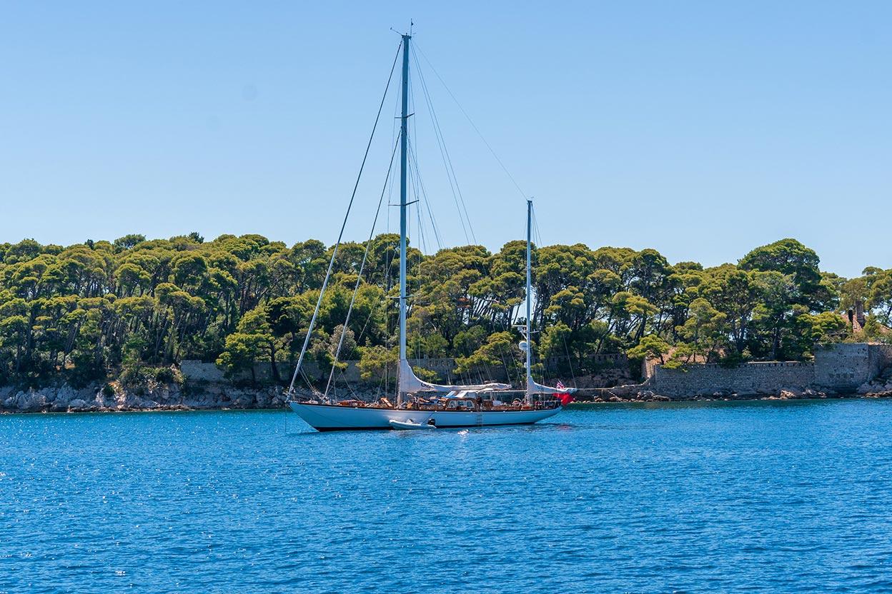 Chartering a Sailing Yacht in Croatia