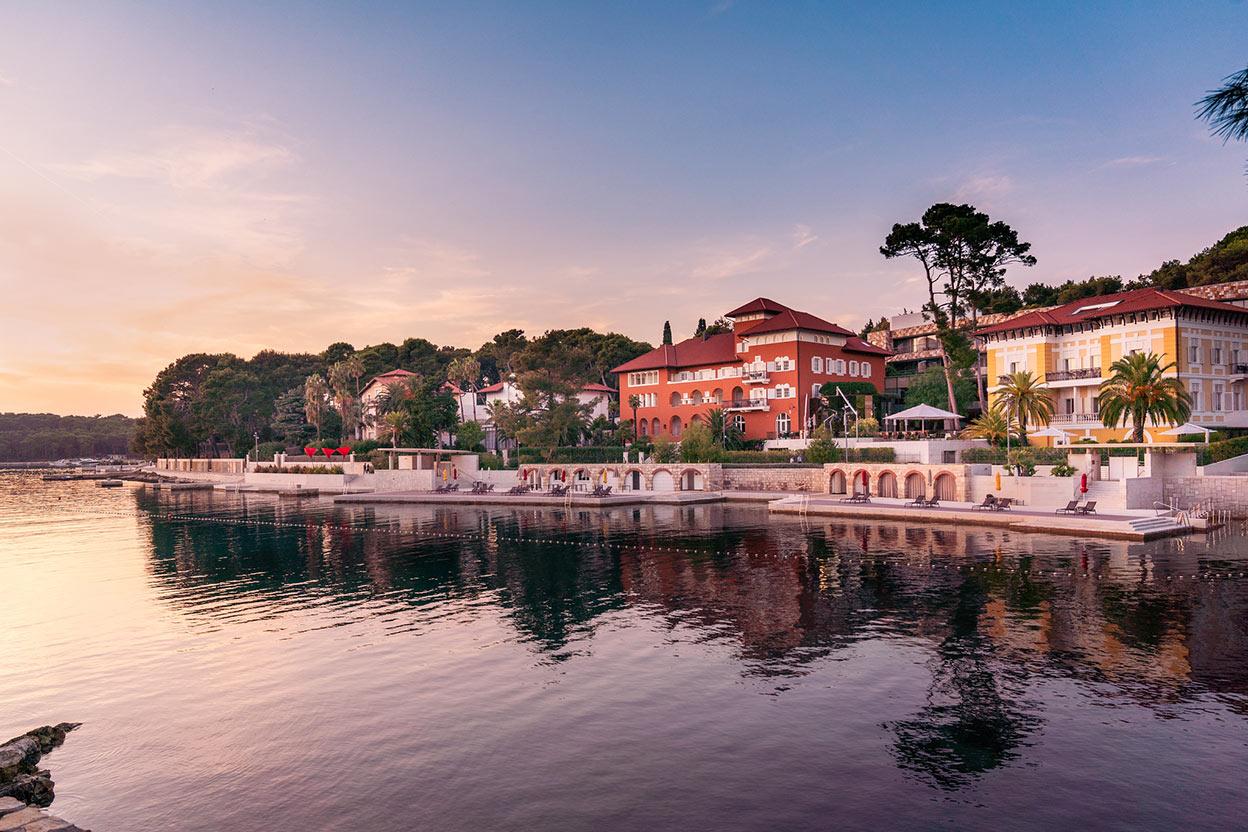 Lošinj is among top 10 best Croatian honeymoon destinatins